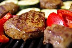[다이어트 건강정보] 과도한 단백질(Protein) 섭취는 우리의 몸을 파괴한다.
