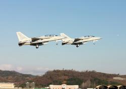 필리핀 영공을 지키게 될 FA-50PH, 페리 비행으로 직접 날다