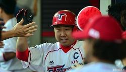 이범호, 2013년부터 이미 3루수 최다 홈런?