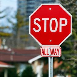 캐나다에서 운전할때 꼭 알아야 하는 STOP 사인