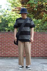 남자 여름 패션 스트라이프 티셔츠로 루즈하게 입어요