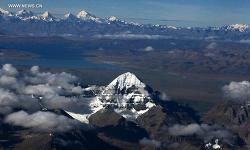 티벳 여행, 하늘에서 본 카일라스(수미산)산의 모습은 어떨까?