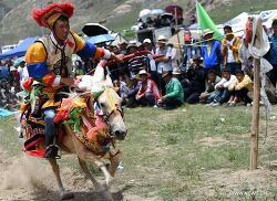 풍년을 기원하는 티베트의 '옹코르' 축제