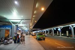 탄손누트 국제공항 Tan Son Nhat 에서.