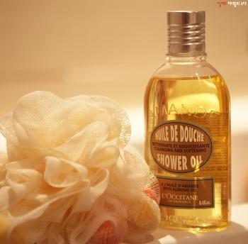 록시땅 베스트 추천! 아몬드 샤워오일, 샤워할 때부터 촉촉한 피부 수분막 지켜주기