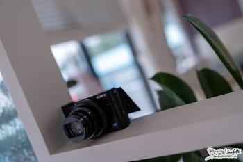 소니 RX100M6 브이로그 유튜브 카메라 제격, 왜?