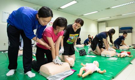 심폐 소생술, 4분의 기적! 대한항공 임직원 및 가족 대상 응급처치 교육 현장