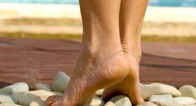 족근통(足跟痛, 발뒤꿈치 통증, heel pain) 무슨 일일까? 족근통은 어떻게 치료해야 할까?