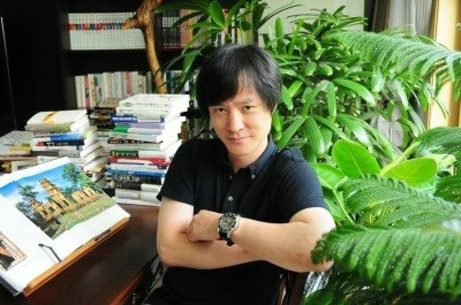 상처를 달래는 통속적 시인 작가생활탐구 - 류근