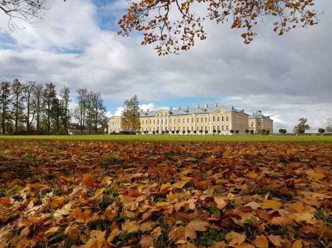 라트비아 베르사유 궁전, 룬달레 궁전에서 만난..