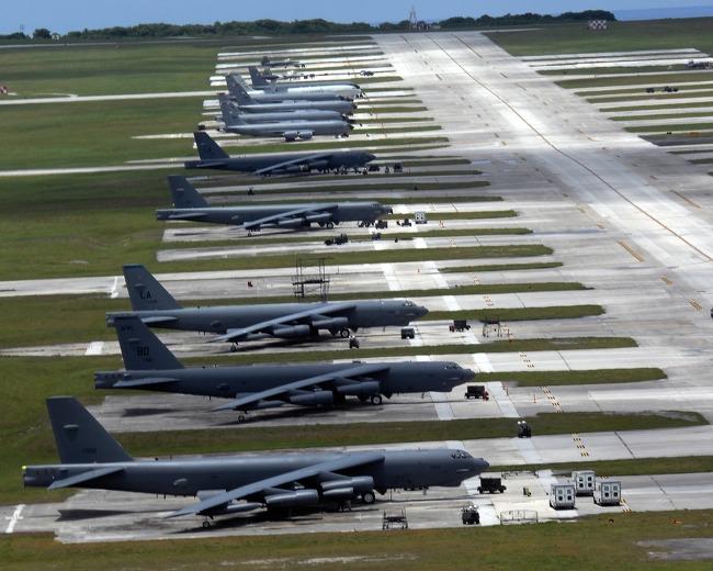 B52 전략폭격기(Stratofortress) 융단폭격 동영상