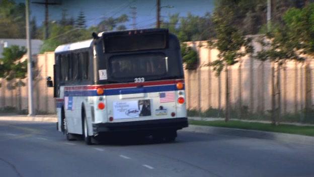 버스로 출퇴근