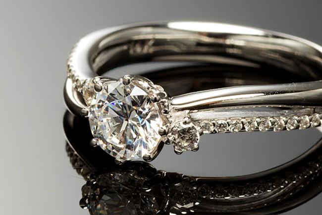 웨딩 트렌드 & 주얼리 정보 -바니찌 다이아몬드 - cover