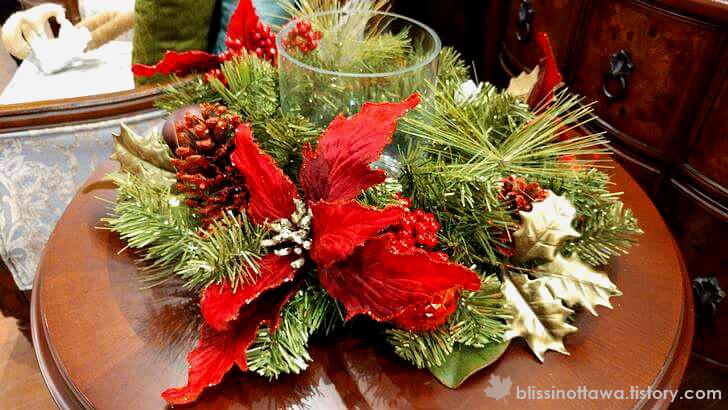 크리스마스 테이블 장식 입니다.