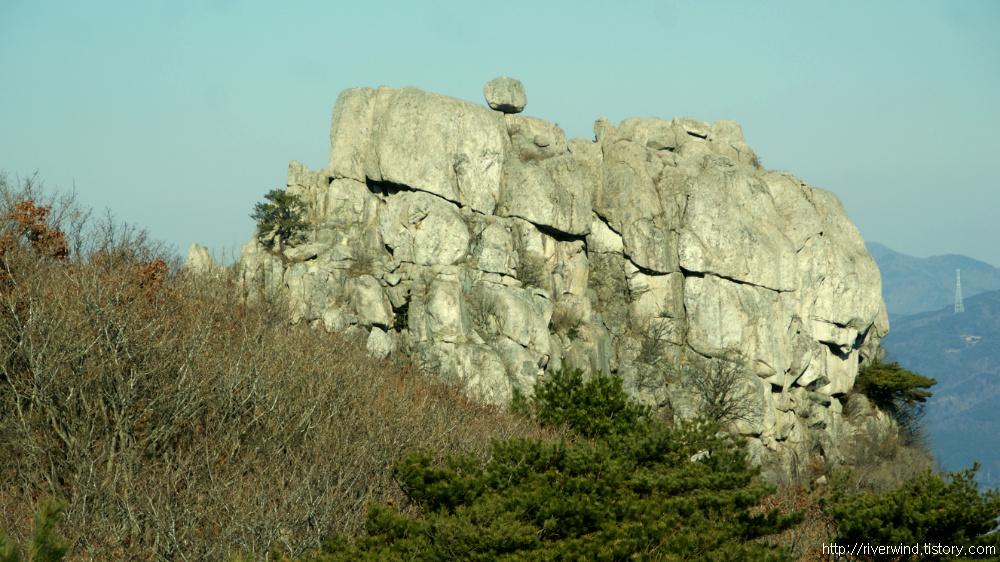 금정산 바위들