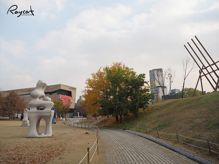 올림픽공원 내 산책로