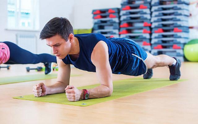 허리통증에좋은운동 플랭크 건강