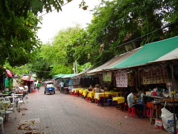 Rambuttri Alley in Bangkok