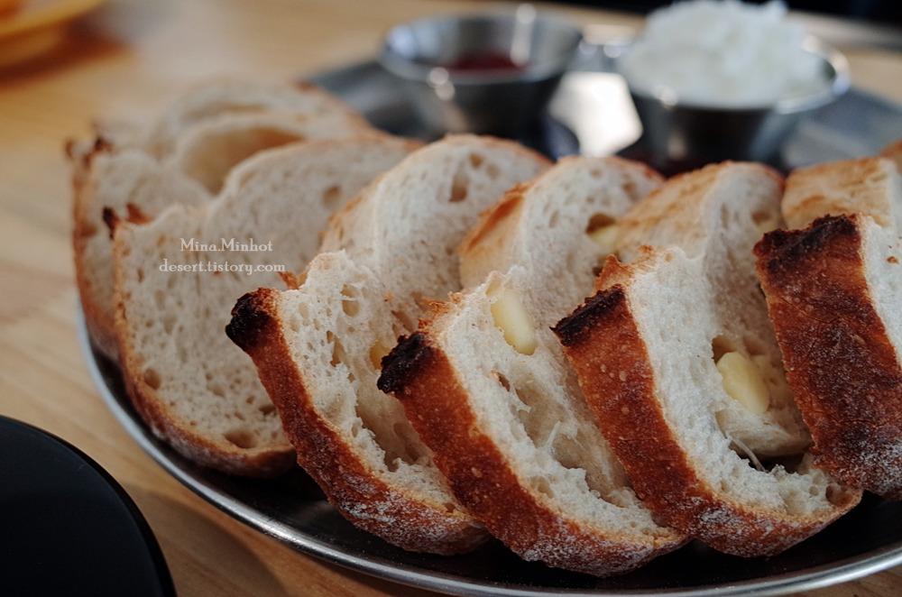 빵도 커피도 좋은, 카페 이상 (천안 카페 이상, 신방동 카페 이상, 신방통정지구 카페 이상, 브레드 카페, Roastery Cafe Leesang in Cheonan)