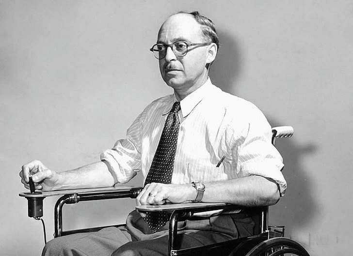 전동 휠체어를 최초로 발명한 캐나다인입니다