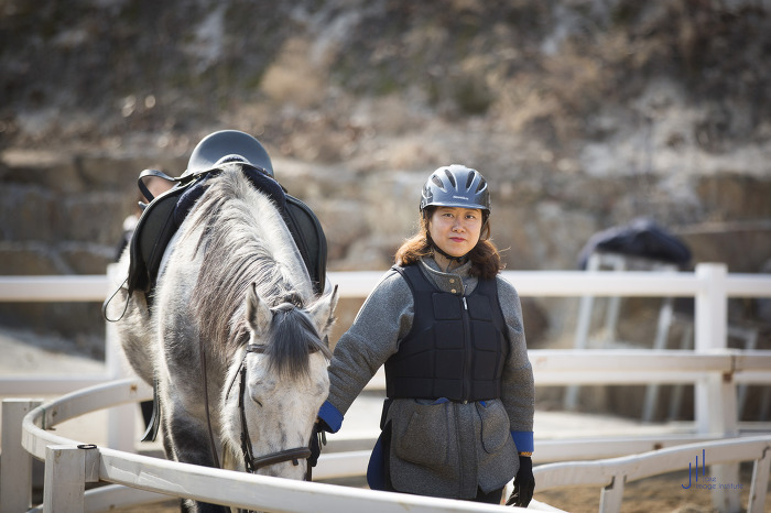 몽골 '나를 만나는 여행'을 위해 승마레슨을 받다