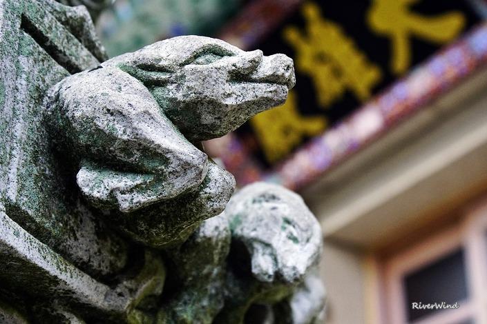 석불사의 조각