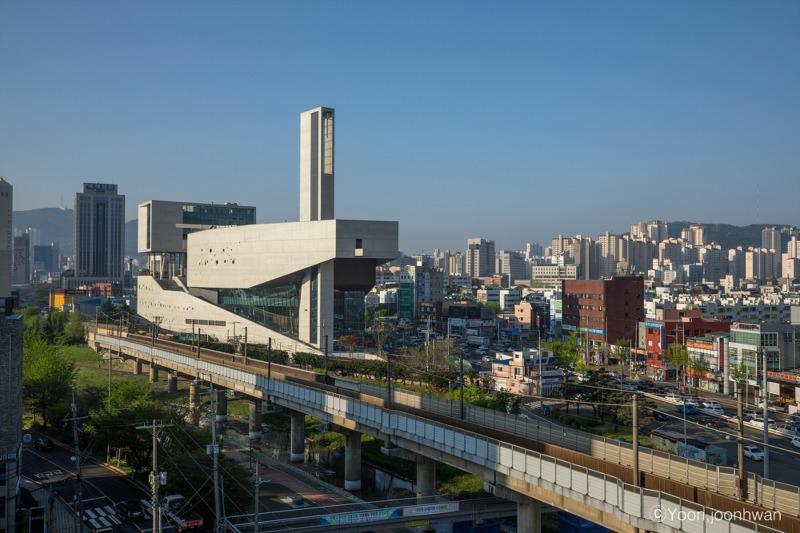 Bujeon Glocal Vision Center