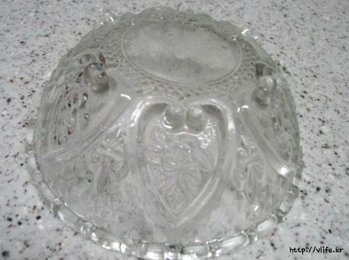 올록볼록 튀어나온 양각 무늬 그릇 닦는법