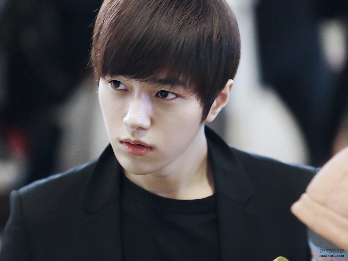 L Hairstyle: Infinite L/Myungsoo : Hair Up VS Hair Down